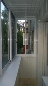 Внутренняя обшивка балкона в хрущевках